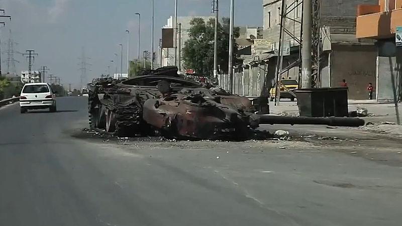 C'est pour l'instant l'armement lourd et en particulier anti-char qui fait défaut aux insurgés, malgré quelques succès, comme ici à Alep..