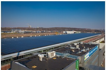 Les toits de la station d'épuration Aquiris produisent désormais de l'énergie solaire