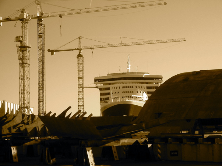 Les chantiers navals de Saint-Nazaire sortent la tête de l'eau