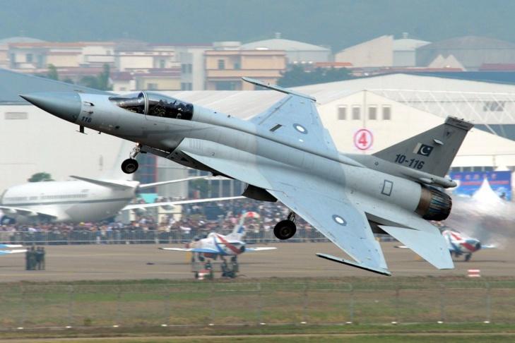 JF-17 (Photographe: Peng Chen)