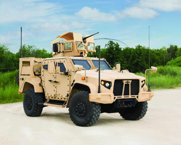 Oshkosh Light Combat Tactical All-Terrain Vehicle (L-ATV), vainqueur de l'appel d'offres JLTV (CC Licence)