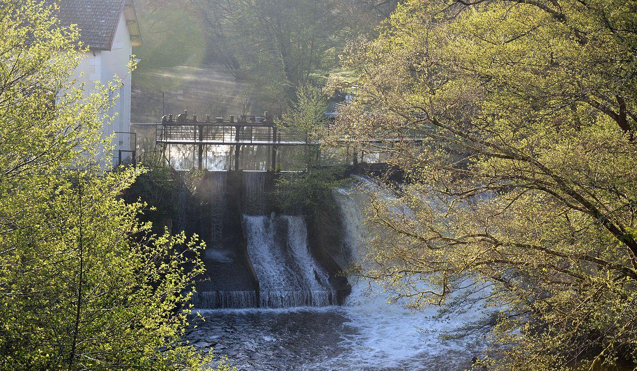 Petite Usine hydroélectrique de la Trave et son barrage