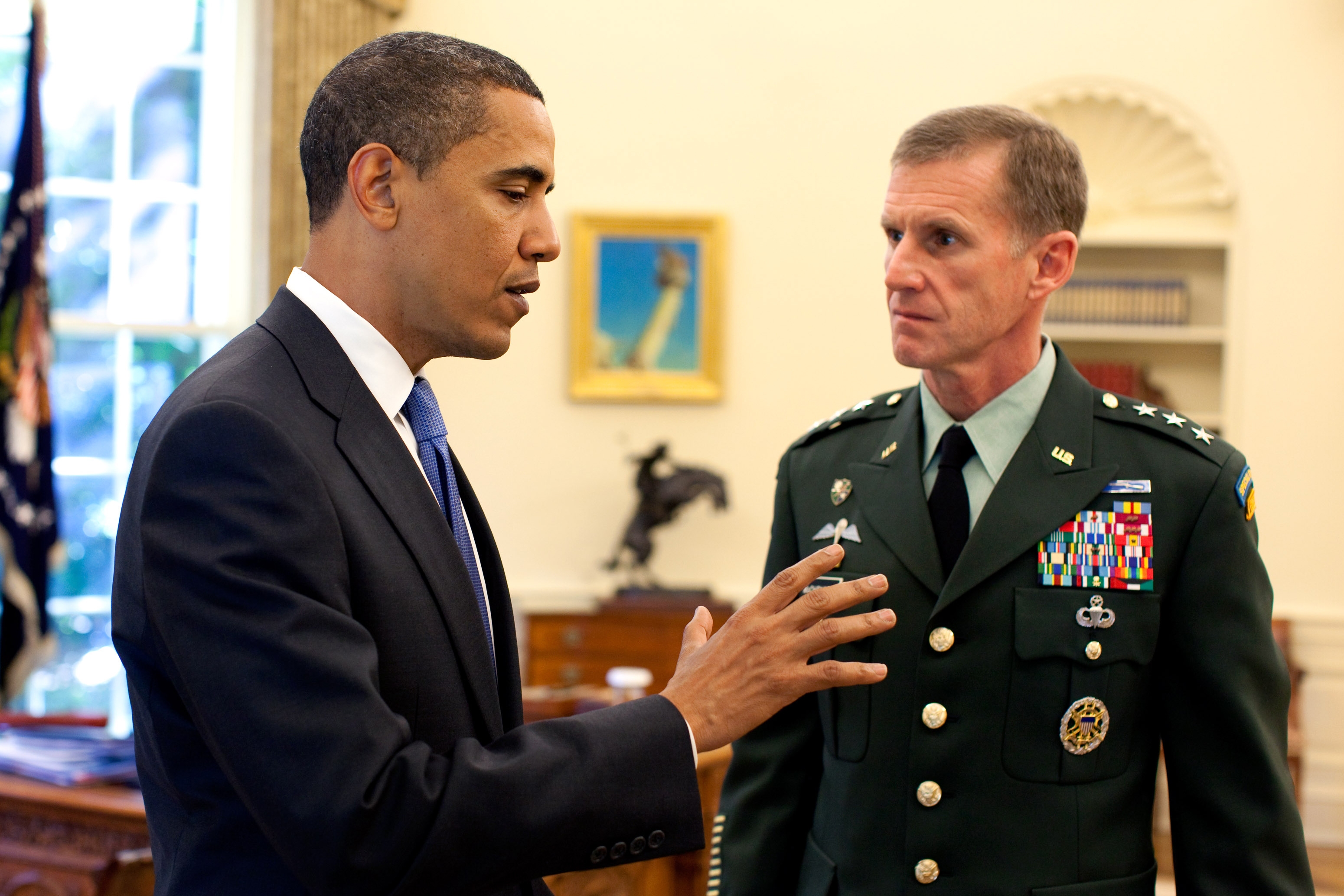 Obama chef de guerre, premier bilan
