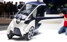 Twizy, i-Road : ces microvéhicules électriques séduisent-ils les conducteurs urbains ?