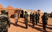 Quitter le Mali : Emmanuel Macron y réfléchit